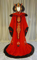 Queen Amidala's thronegown by azdaja