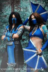Mortal Kombat Cosplay Female Sub Zero by kitnipz
