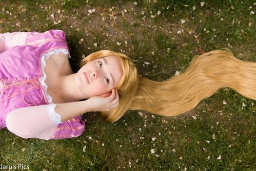 Rapunzel (Tangled) Cosplay