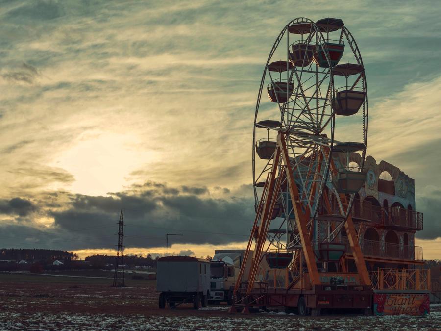 Carousel by Zmaslo
