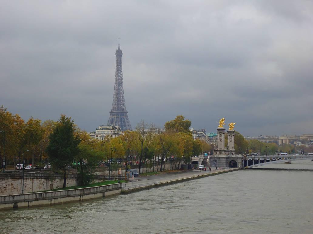 paris in autumn by ekin06