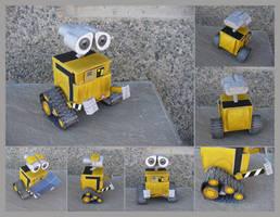 P0045 Wall-E by julofi