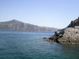Rocky waters by Jodmiester