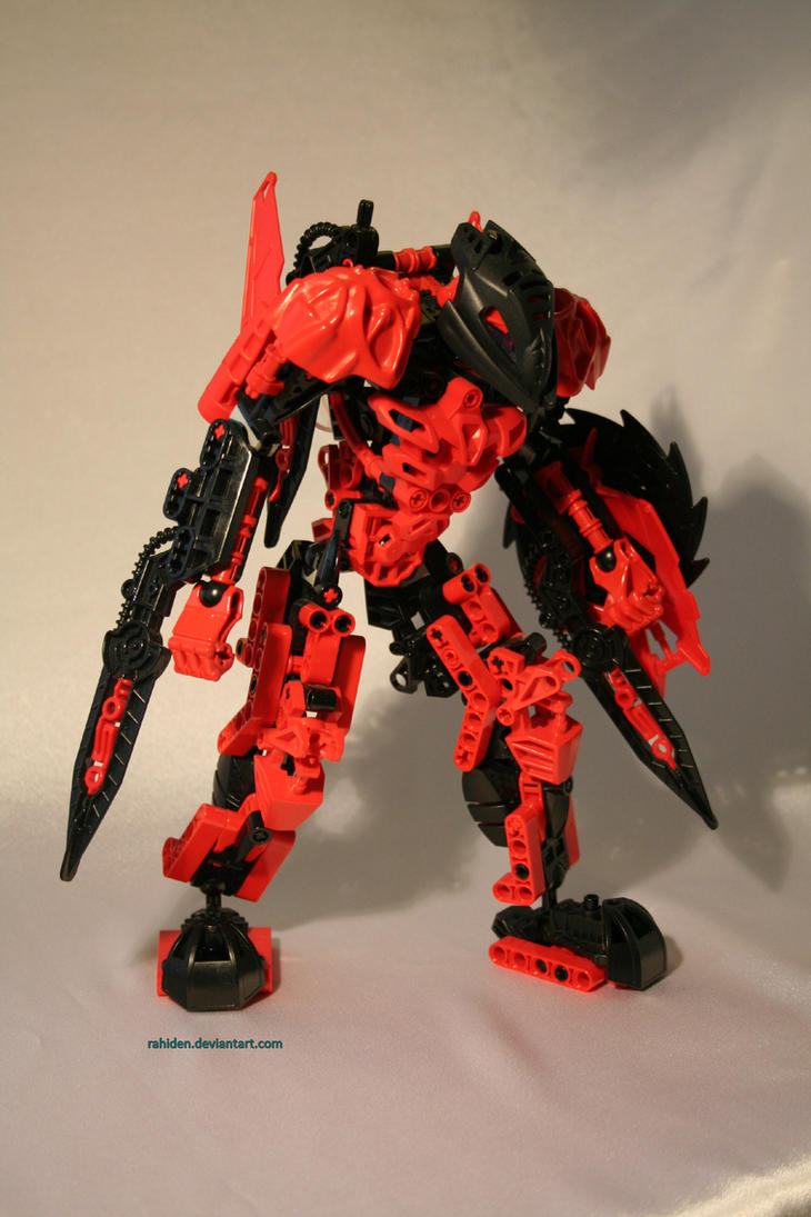 Bionicle MOC: Makuta Teridax by Rahiden