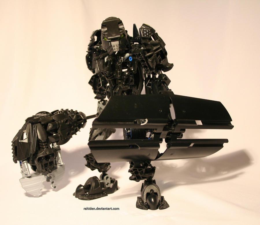 Bionicle MOC: Earth Titan by Rahiden