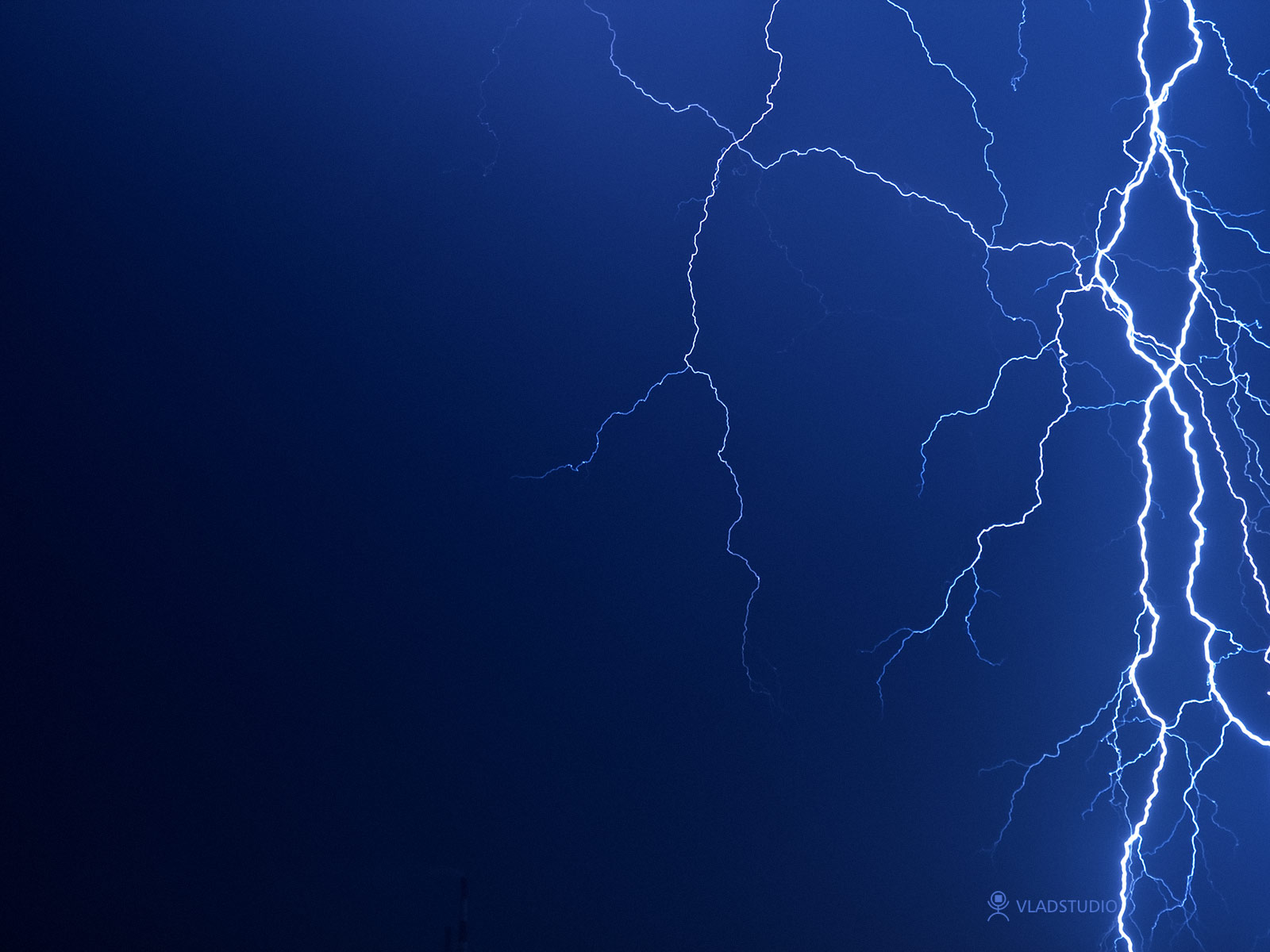Thunder by vladstudio