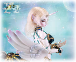 Loong soul doll UNICORN Amalthea by LoongSoul