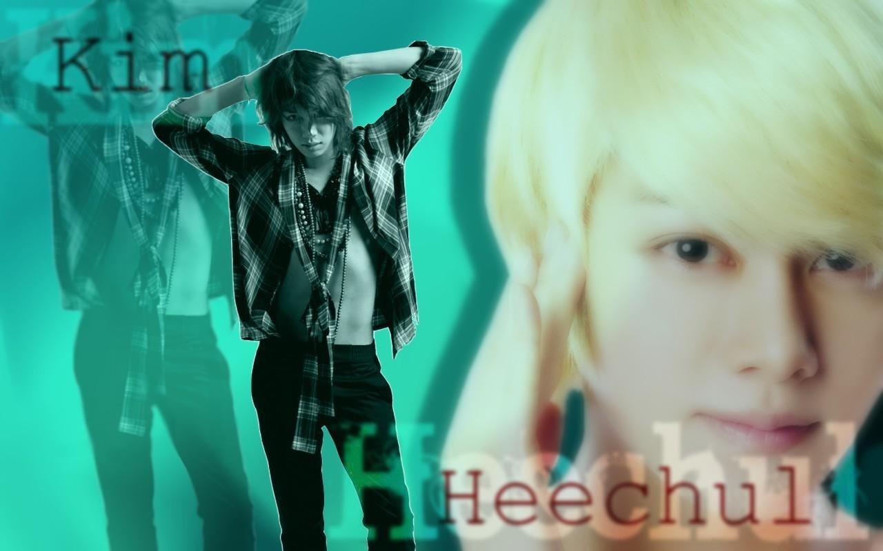 http://fc01.deviantart.net/fs70/f/2012/156/d/e/heechul_wallpaper_by_nicolca94-d529gc6.jpg