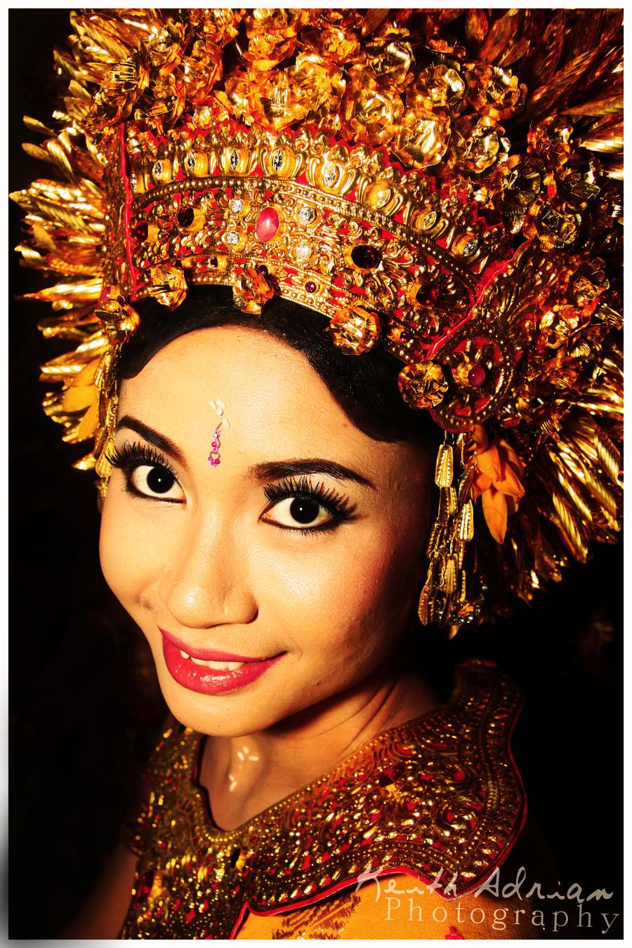 Balinese girlfriend