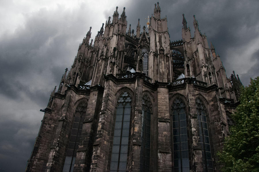 Cologne Cathedral by Cellopuddin