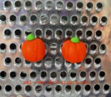 pumpkin earrings by mel--mel