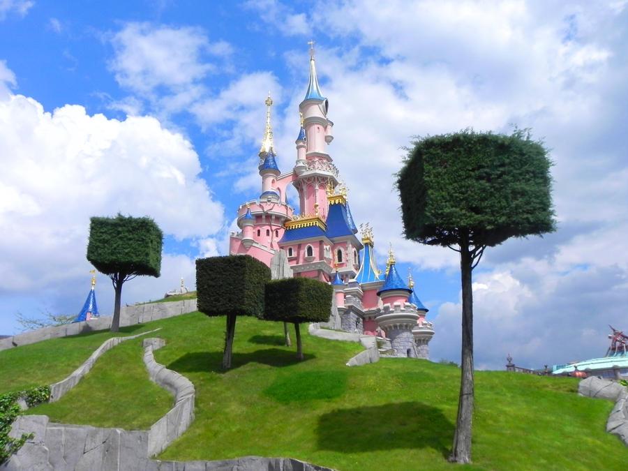 Le chateau de la belle au bois dormant by elinextwilight on deviantart - Chateau la belle au bois dormant ...