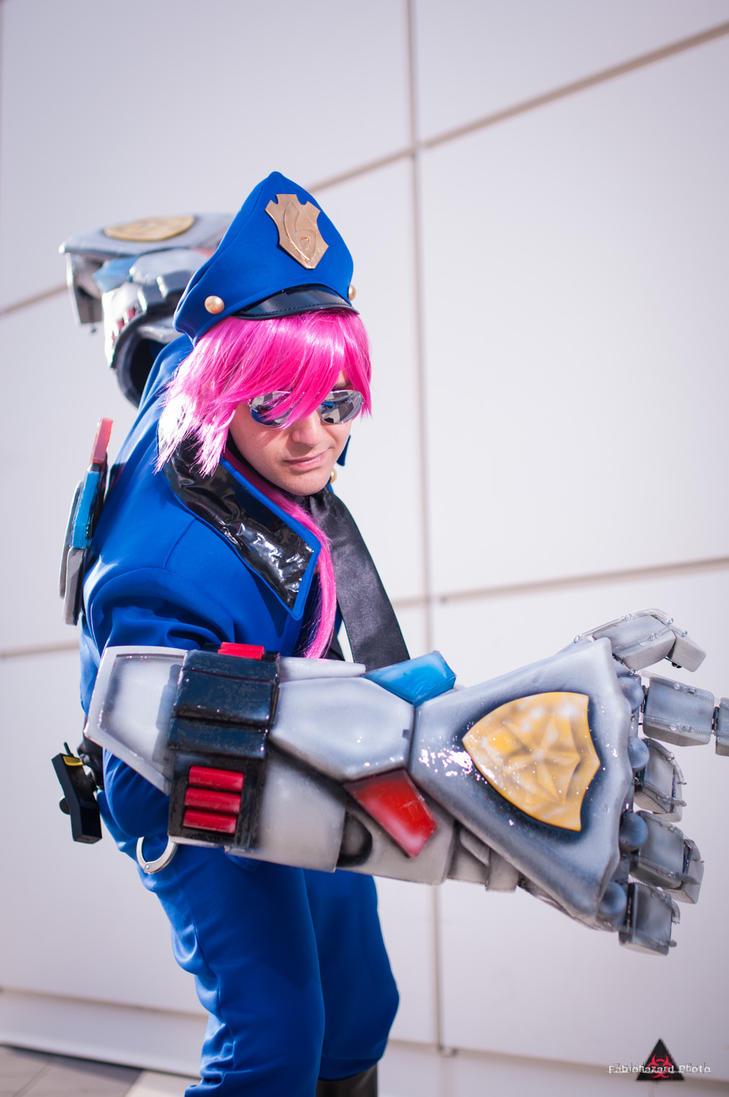 Officer Vi by fabiohazard