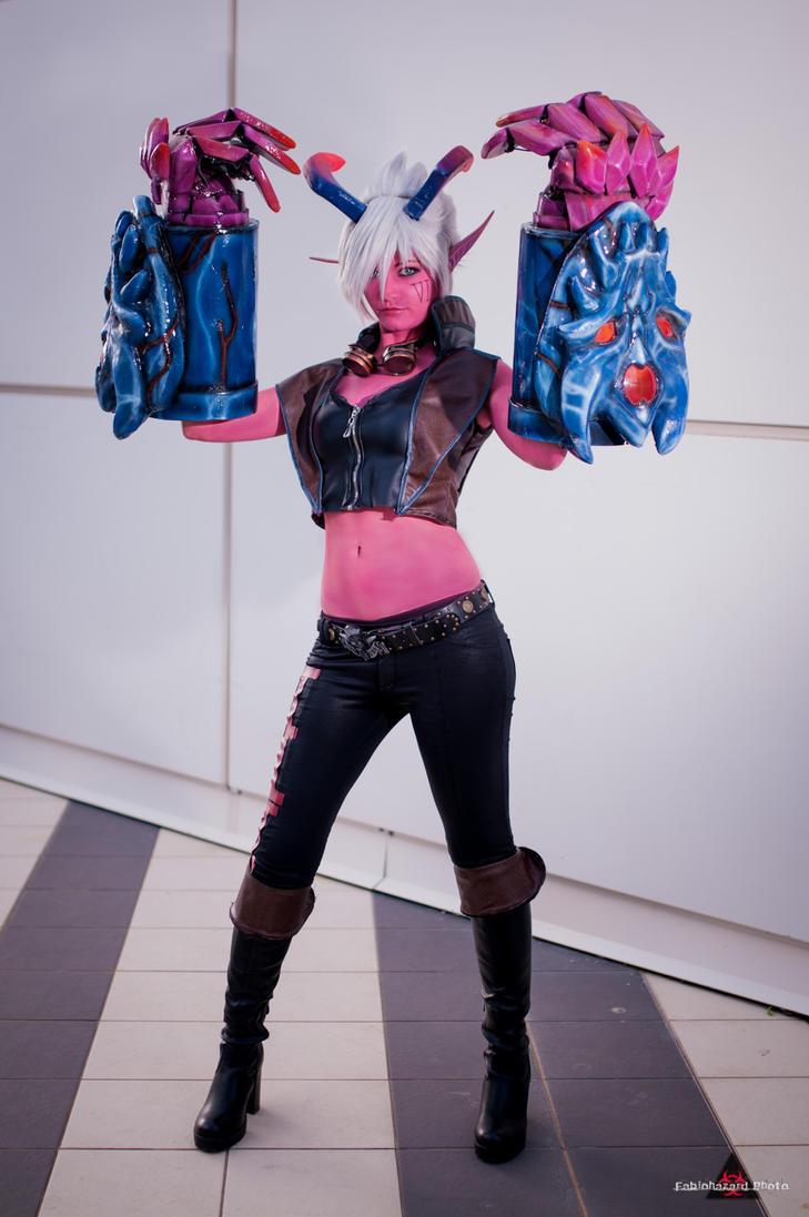 Demon VI by fabiohazard