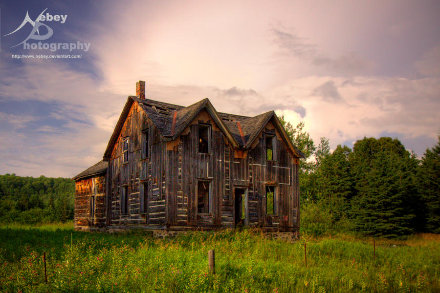 HDR Spooky House by Nebey
