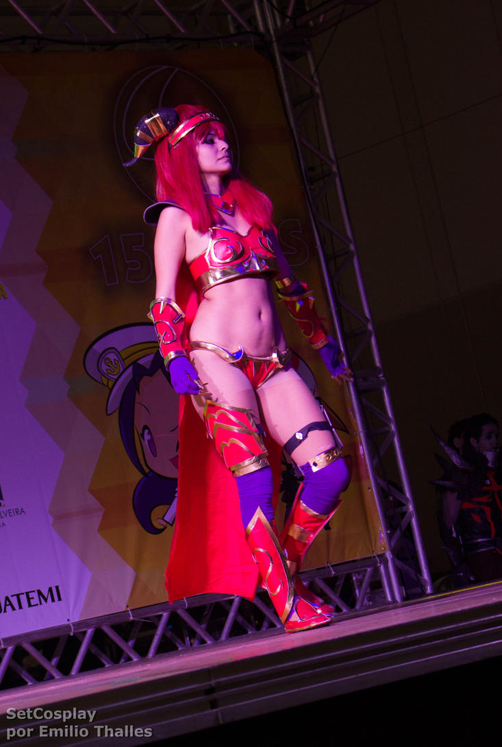 Alexstrasza cosplay porn naked picture
