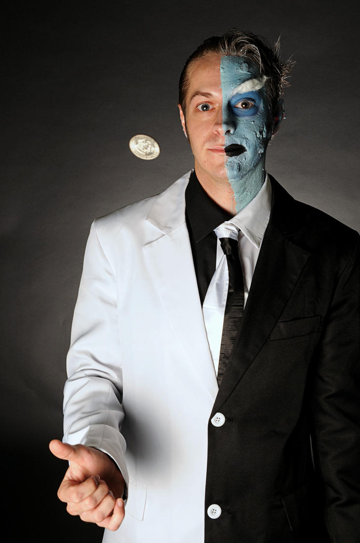 OTAKON 2012-Two Face 5 by DoctorTonyStarkWho
