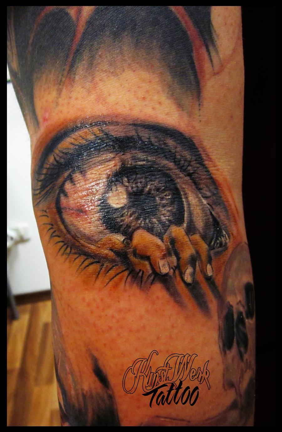 Zombie eye by CAMOSartTATTOO