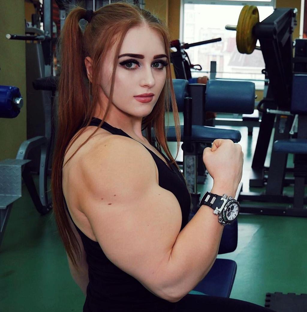 Chat With Beautiful Russian Girls and Ukrainian Women