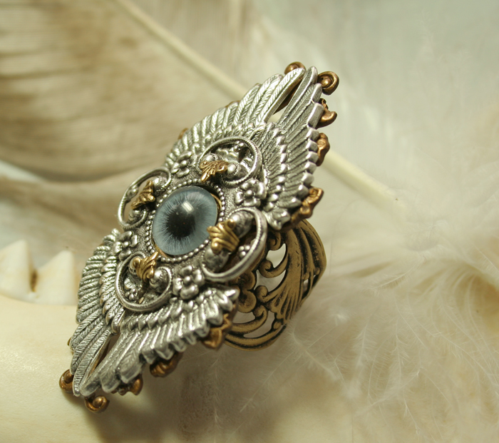 Gothic Winged Eye Ring by byrdldy