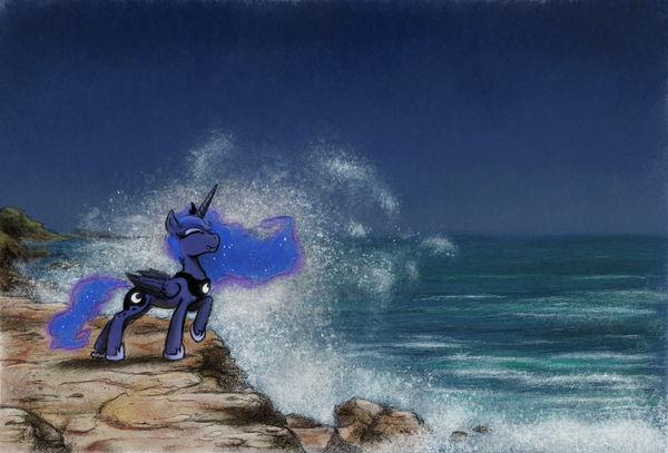 Luna Cliff