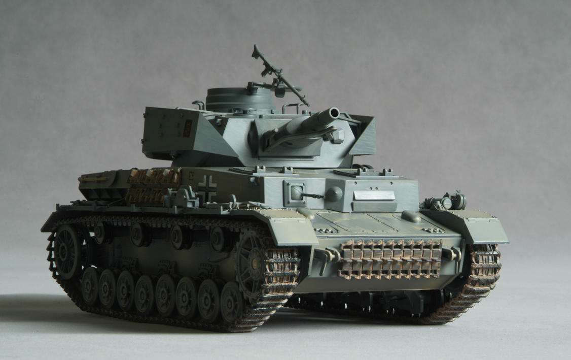 Tank - Panzer IV AusF H by mjranum-stock
