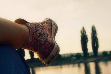 Converse Love ~ by bejuss