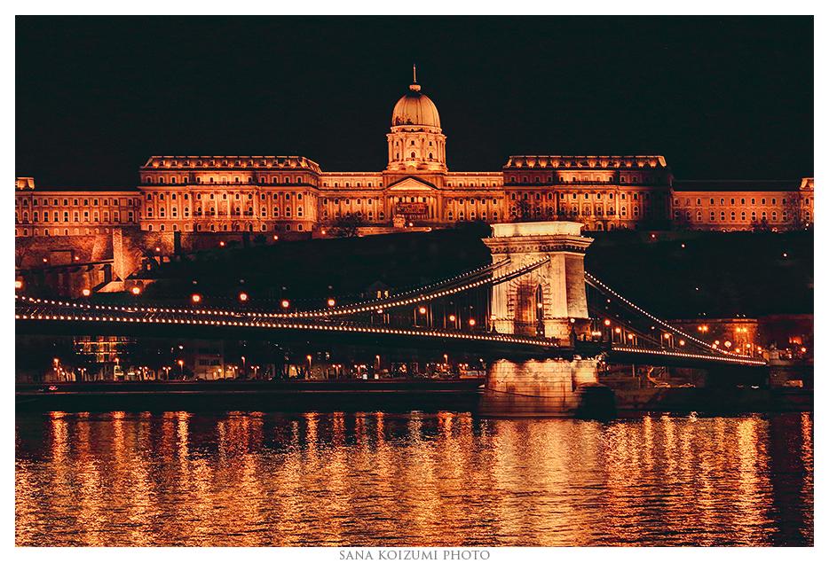 Budapest by Night. by SanaKoizumi