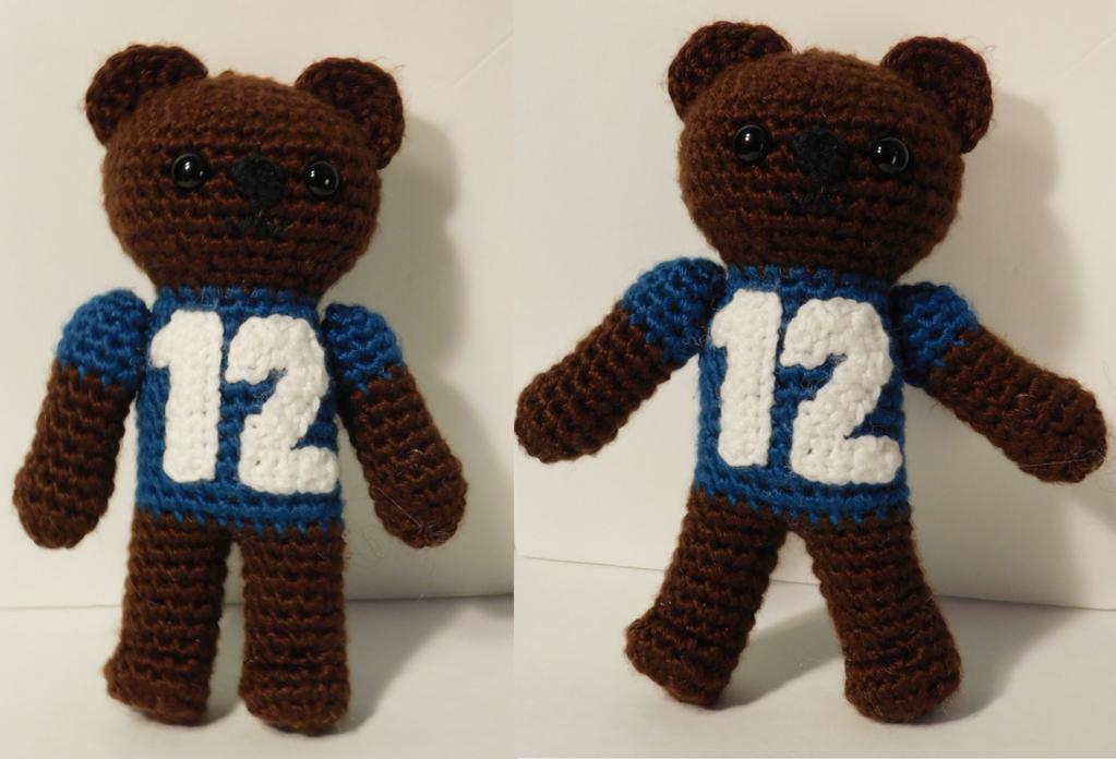 Amigurumi Forum Net : 2nd 12th bear crochet seahawks bear amigurumi by maddinja on