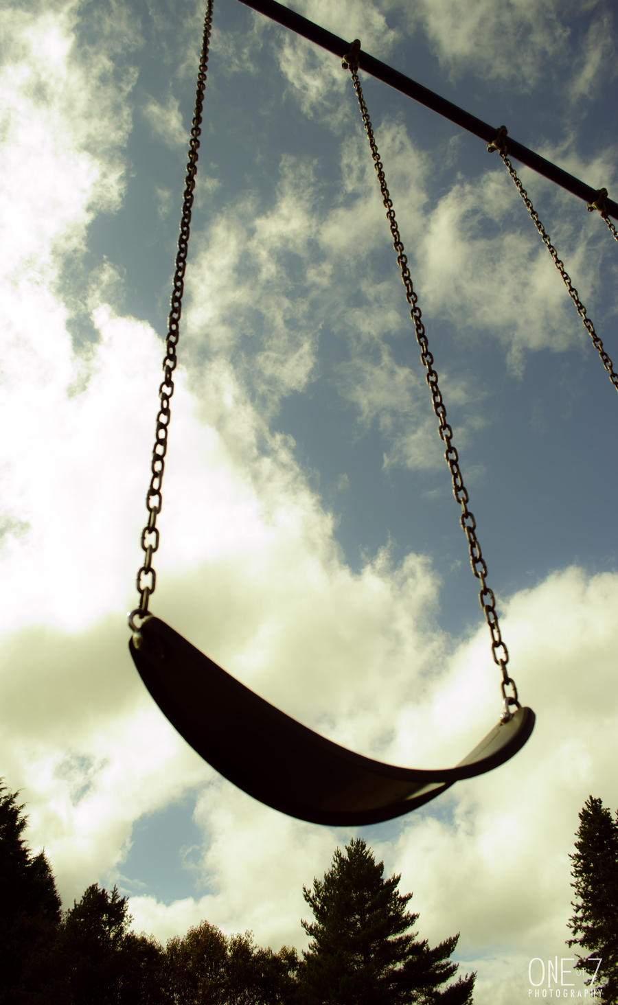 Swing to the Past by DiHydrogenO