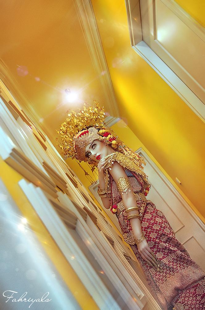 The Bride Julia's by RiFaSa