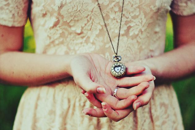 Alice's Clock. by JoanaSorino