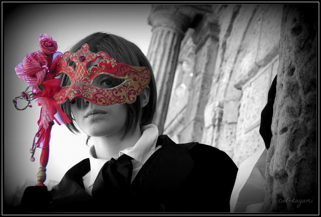 ciel phantomhive cosplay by ciel-kagami by Ciel-Kagami