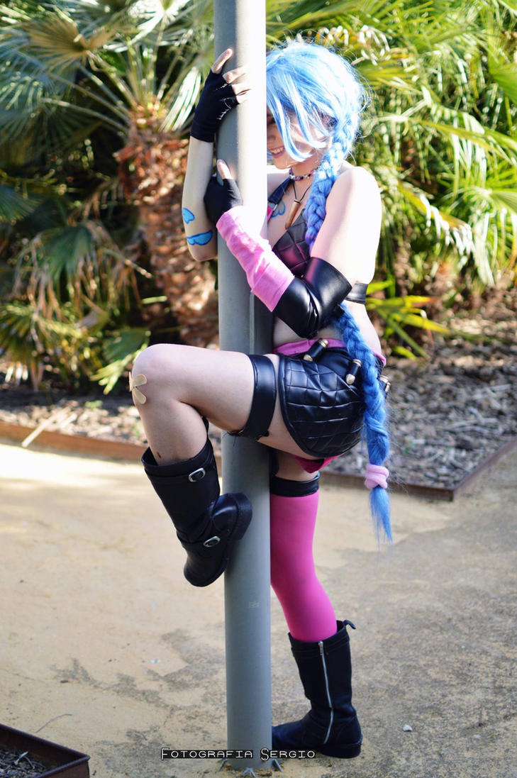 Jinx cosplay by Ciel-Kagami by Ciel-Kagami