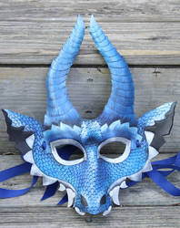 Lesser frost dragon leather mask by SilverCicada