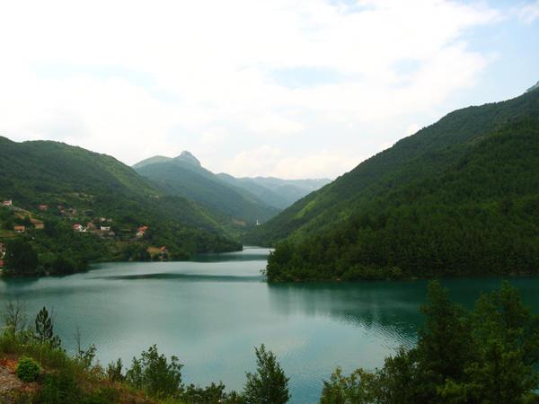 lake in jablanica by idrawnaked