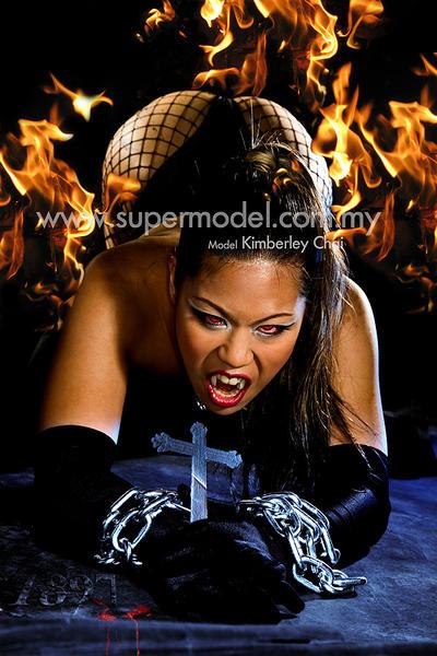 Vampire 001 by supermodelstudio