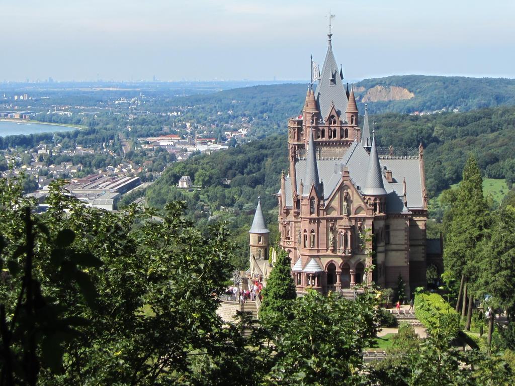Schloss Drachenburg, Koenigswinter by sturmsoldat1