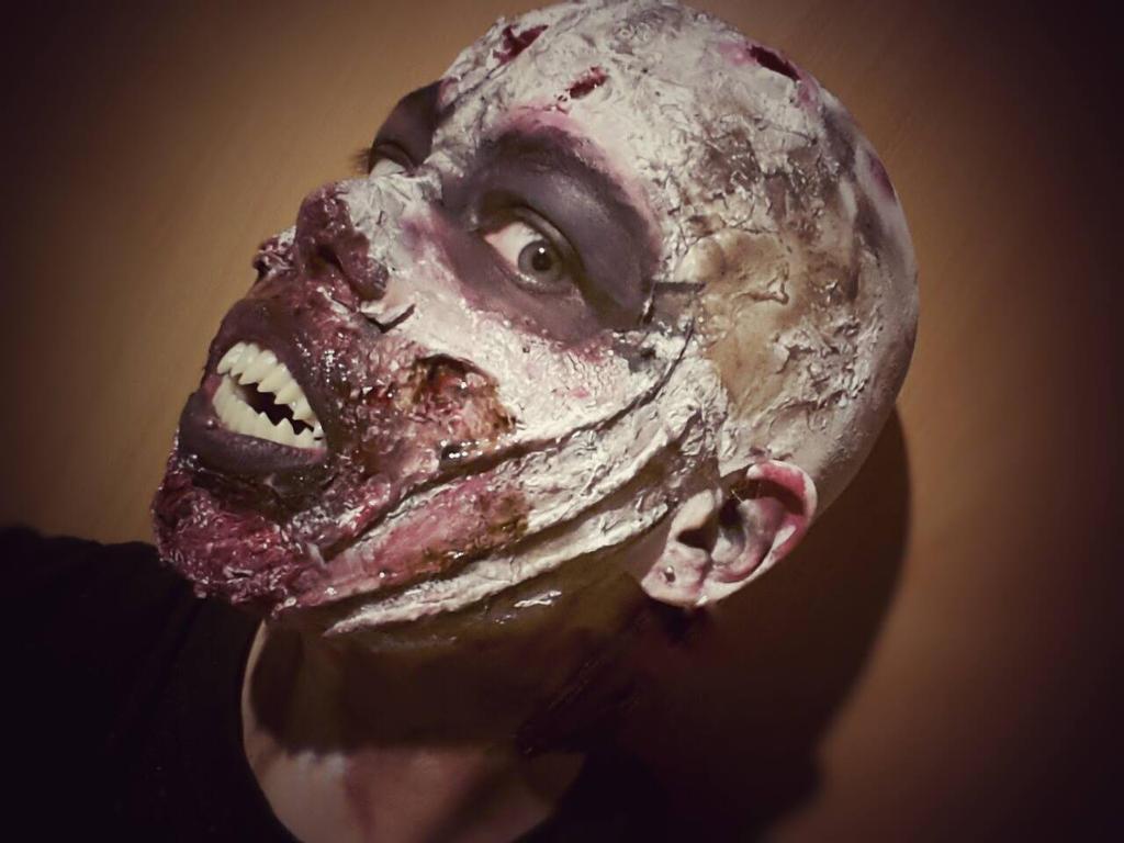 Zendigo Gesicht 2 by Dolor123