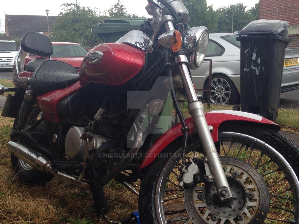 Motobike L by nicolearty