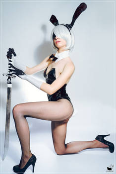 2B bunnysuit cosplay
