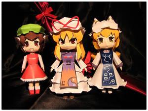 Yukari, Ran and Chen