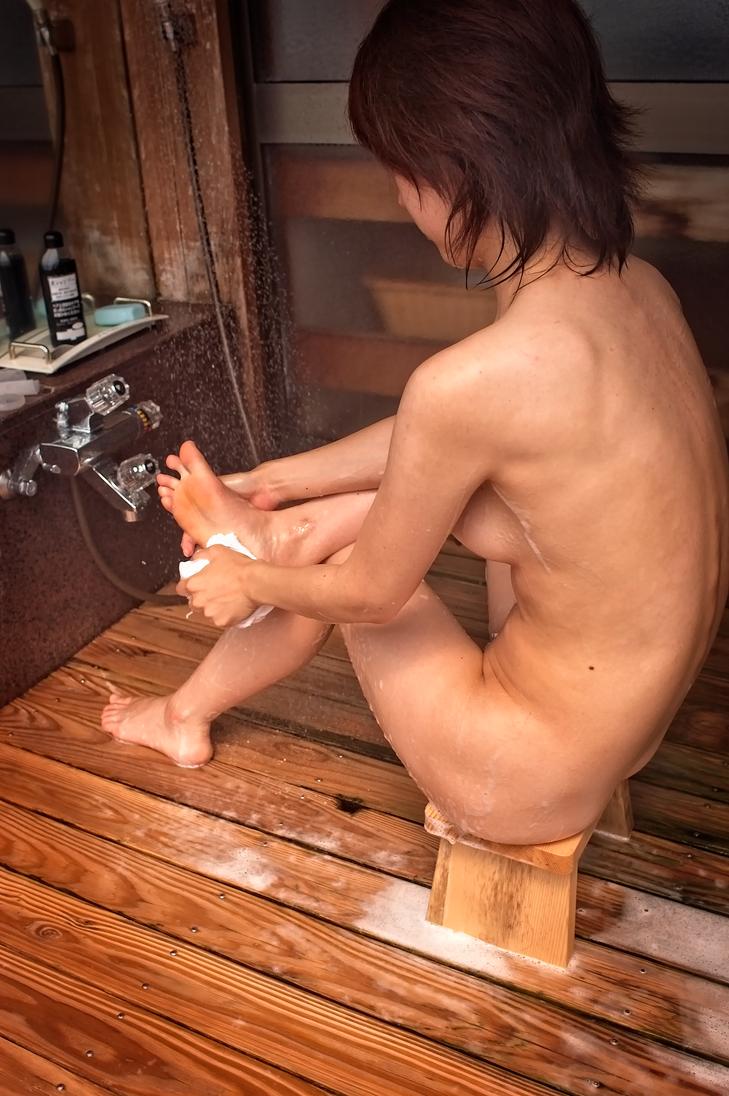 Bathing Girl by LegLustr