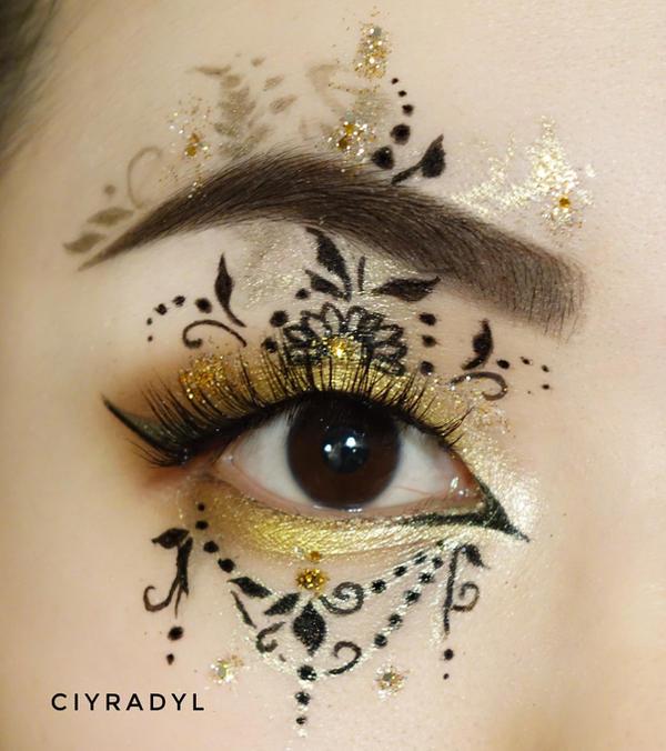 Vintage by Ciyradyl