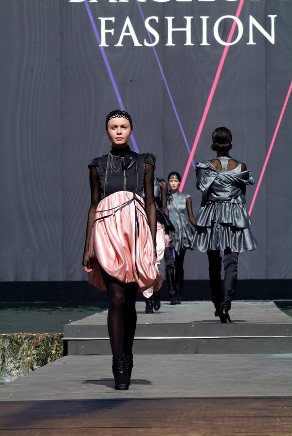bcn Fashion by miguelanxo