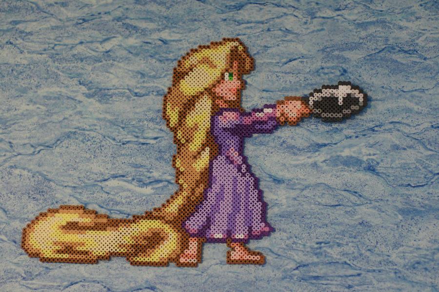 NECESITO PLANTILLAS DISNEY GRANDES Rapunzel_bead_sprite_by_nicolel12-d52jox4