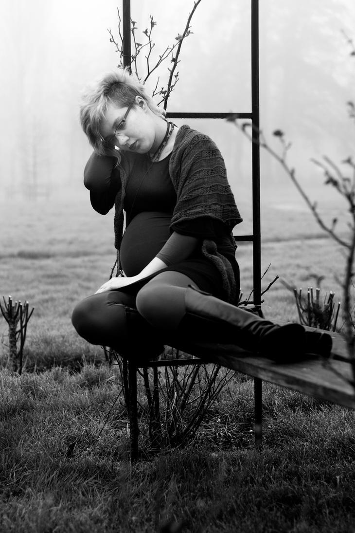 Peaceful wait by HiljaisenArt