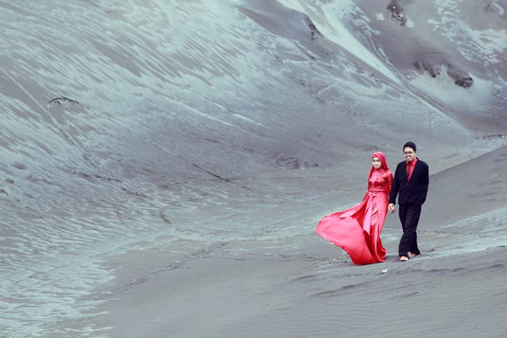Prewedding at Bromo Mountain by Antzcreator by antzcreator