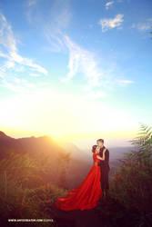 Pre wedding Sunrise at Bromo by antzcreator
