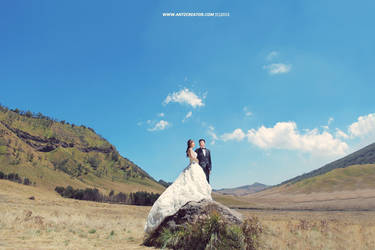 Bromo Prewedding by antzcreator